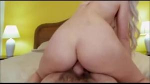 Anal Pounding Brunette Gets Her Cunt Fingered After Eating The Entrance