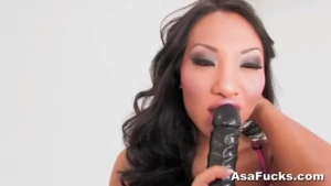 Asa Akira Is Sexy, Black Babe Who Wants To Get Gangbanged By Black Guys, Very Soon