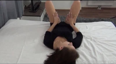 Fresh Teen Slut Is Spreading Her Legs In His Bedroom And Getting Her Daily Dose Of Fuck