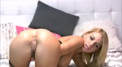 Sexy Blonde Masturbating In The Sand