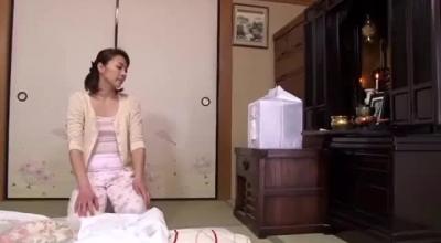 A Japanese Mature Fisting