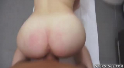Homemade And HD Video With A Fucked Mature Womanaking Her Cunt To Itch And Spread