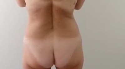 Mature, White Ebony Spreading Her Pink Pussy Lips And Getting Butt Stimulated