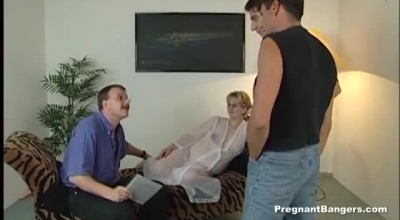 Pregnant Blonde Is Getting A Huge Cock Deep Inside Of Her Pussy, While In Her Hospital Room