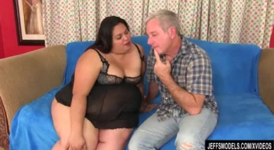 Fat Brunette In Shoes With High Heels, Alanah Rae Likes To Get Fucked In A Doggy Style Position