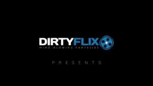 Holly Hendrix Homemade Sex Video Flashing