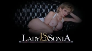 Lady Sonia Is Taking Blackmailing Photos And Spreading Her Legs Wide For Her Gardener, Every Day