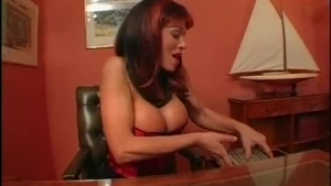 Ayla Leaston Has Boned Boy Meets By A Shemale