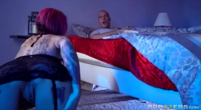 Anna Bell Peaks Is A Smashing, Blonde Woman Who Likes To Play With Her Big Milk Jugs