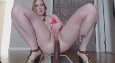 Chubby Blonde Chick Spreading Her Pink