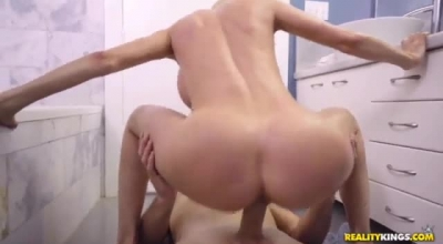 Innocent Alexis Fawx In Lesbian Action