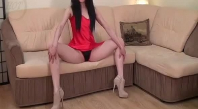 Flexible Babe Is Sucking A Rock Hard Dick And Riding It On The Sofa