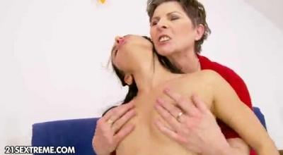 Sweet Hairy Brunette Shoving Her Fingers Up Her Hot Lesbian Pussy