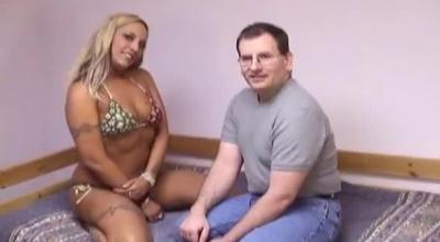 Horny Bear Man Gets Naked And Pitati