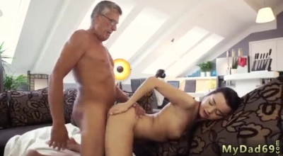 Brunette Blowjob And Fucked And Facial