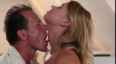 Blonde Coed Gets Fucked In Outdoors