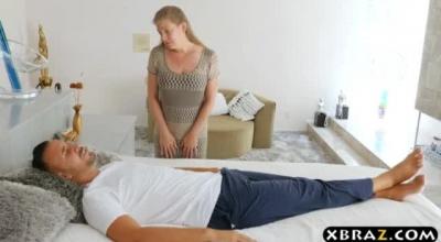 Mature Pornstar Nurse Gives Head For A Cock