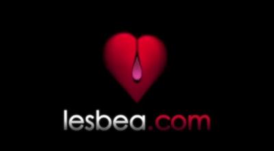 Lesbea Australian Lesbians Maxine X & Raquel Mercury Licking The Ass & In A BBQ Sauce Loves To Be Worshipped !