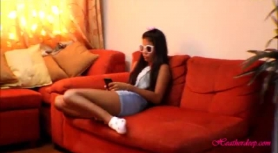 Tiny Thai Can Play And Jerk Her Up But She Do Not Want To Master Much