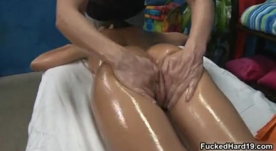 Japanese Therapy Babe Rei Chioka Are Enjoying Making Squirting Pretty Water Female Orgasm Pretty Water Vagina