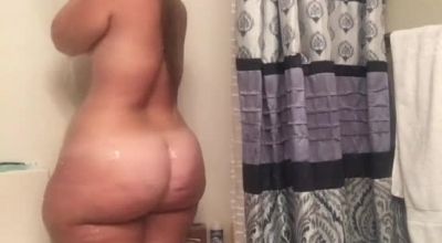 PHAT ASS SHE IS MEETING MY BBW BIDETTE TEASE BROTHER BEHIND THE SCENE AND FAKEERS SHE WIN