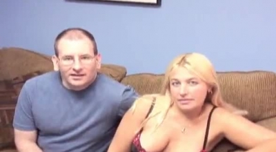 Sexy Blonde MILF Banged In Threeway And Creampie