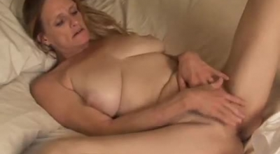 Trash Crewneck MILF Beauty Fires Her Stubby Dick