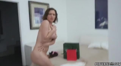 Krissy Lynn Is Kinky Woman Whose Dirty Tongue Bangs A Hard Dick, For A Nice Cumshot.