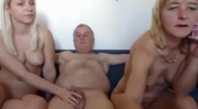 Threesome Janette And Kevin Hardcore Blowjob And Hard DP With Eyeballs