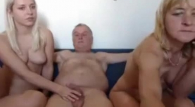 Mature And Young Cuckold Fucking On Different Futas