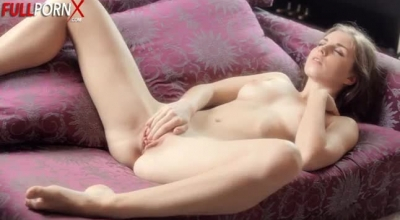 Pretty Young ThroatGirl Gets Her Face Creamed After Getting Pounded