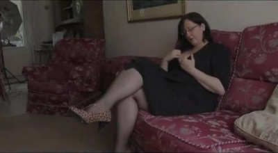 Clitorist Big Tits Slave In Suspension Is Leashed