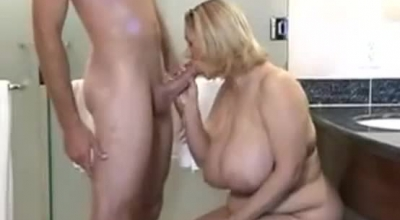 BIG TITS MATURE Older MAN GRACIE GODDESS FUCKS IN FIELD