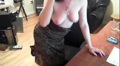 Big Boobs Redhead Tittyfucking Her Boss In Office