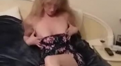 Horny Blonde Teen Gets Pussy Pampered Until She Cums