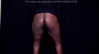 Kenyan 18yr Girl Naijanaobe Sucking And Fucking Machine Guy