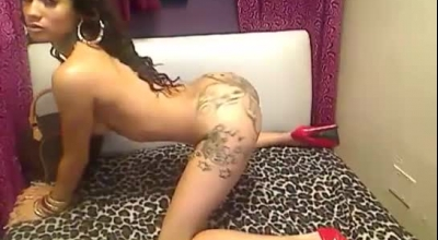 Ebony Babe Twerking Seductively On Webcam