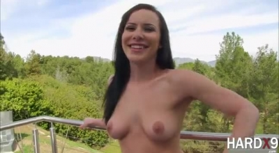 Katie St Ives Is Giving Nice Blowjobs Free Of Charge To Random Guys Who Pay Her A Lot Of Money.