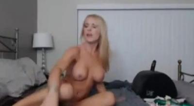 Blonde Bombshell Spreading Ass To Make Dude Explode.