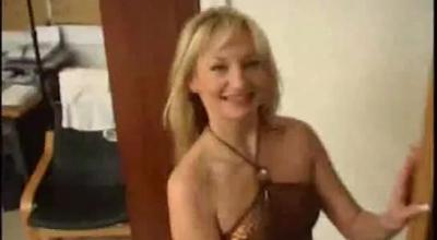 Foxy Babbeth Shoves A Dildo Up Her Ass