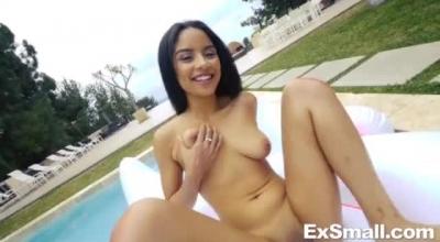 Skinny Ebony Babe Fucked By Her Newb Boyfriend.