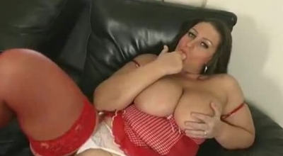 Plump Euro Brunette, Lea Prefers To Be Fucked While Sucking Dick At The Same Time.