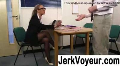 Slutty Lady Jerking Her Deep Lowkits