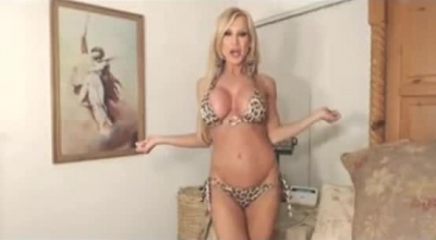 Skinny Blonde Milf Is Getting A Wild, Anal Sex Session, While On The Therapy Table.
