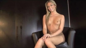 Suzy Everhard Blonde Milf Loves Playing With A Huge Sex Toy